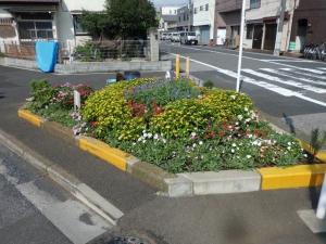 堀切東緑花の会花壇